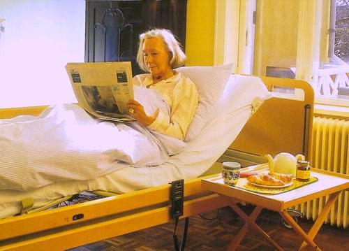 Пожилой возраст: как обустроить квартиру комфортно